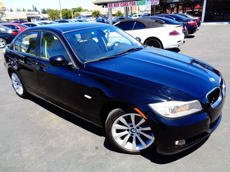 2011 BMW 3 SERIES 328I 4DR SEDAN SA black clean carfax this is a luxury affordable vehicle