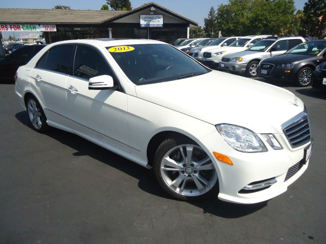 2013 MERCEDES-BENZ E-CLASS E350 SPORT 4DR SEDAN white 2-stage unlocking - remote abs - 4-wheel