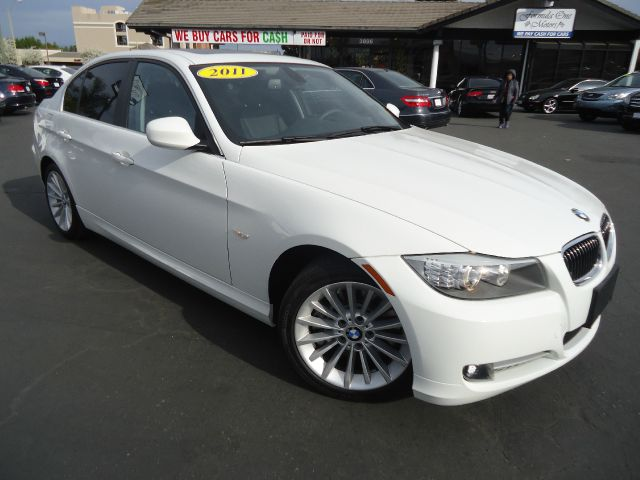2011 BMW 3 SERIES 335D 4DR SEDAN white one ownercalifornia clean carnavigation premium pac
