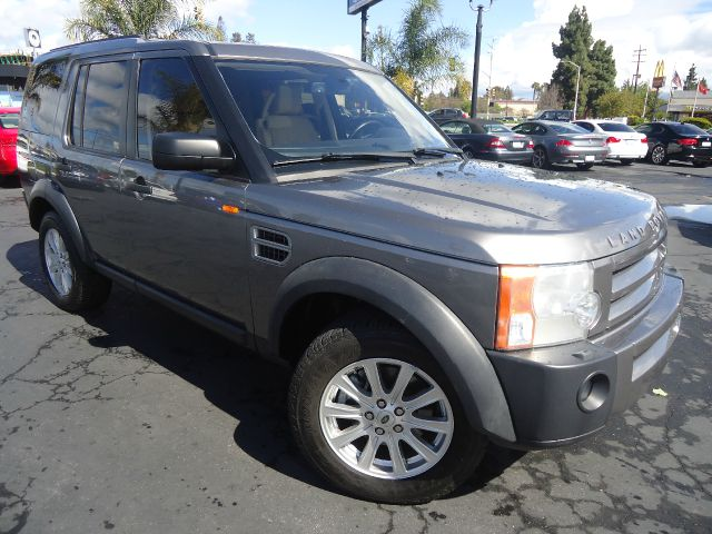 2008 LAND ROVER LR3 SE 4X4 SUV gray this luxury sport utility vehicle comes with 3rd row seat f