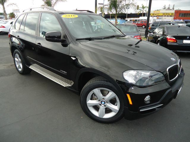 2010 BMW X5 XDRIVE30I AWD 4DR SUV jet black panorama roof  navigation system -   internal hd navig
