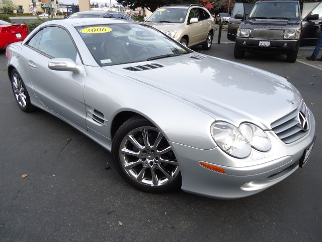 2006 MERCEDES-BENZ SL-CLASS SL500 diamond silver metallic abs brakesair conditioningalloy wheels