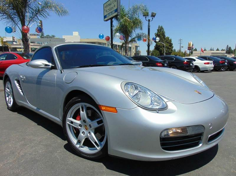 2005 PORSCHE BOXSTER S 2DR ROADSTER silver this boxster s has been meticulously maintained at the