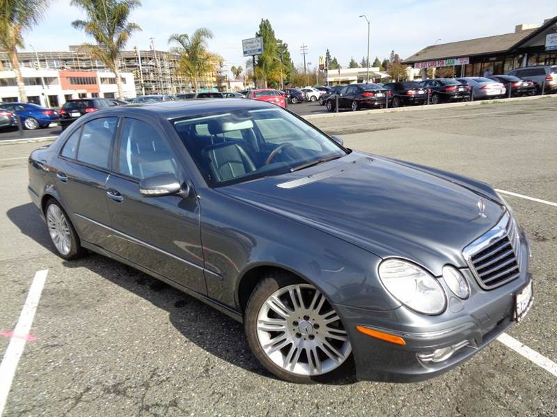 2007 MERCEDES-BENZ E-CLASS E350 4DR SEDAN gray luxury and affordable navigation  full leath