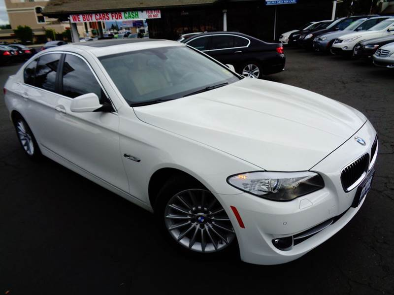 2013 BMW 5 SERIES 535I 4DR SEDAN white 1 owner celan carfax loaded with navigationrear vi