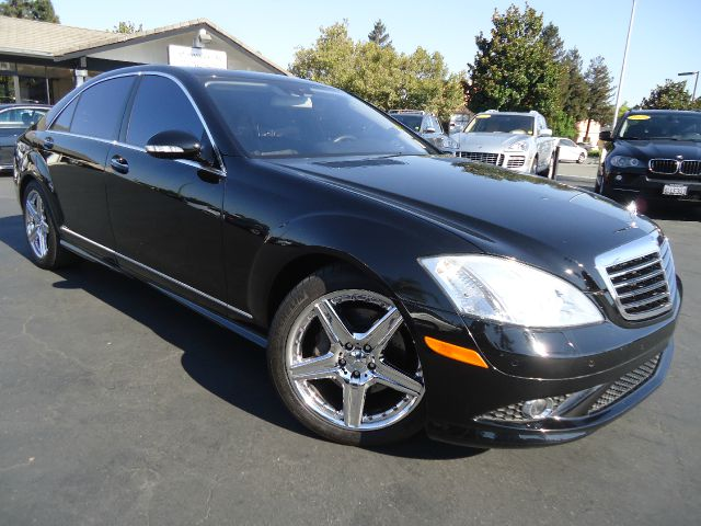 2007 MERCEDES-BENZ S-CLASS S550 4DR SEDAN black fully loaded luxurious panoramic moon roof nav