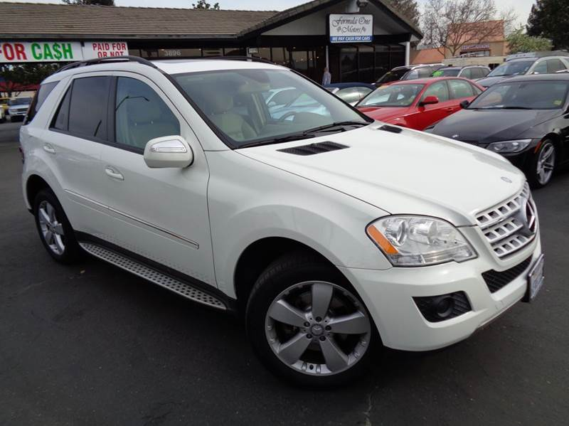 2009 MERCEDES-BENZ M-CLASS ML350 4MATIC AWD 4DR SUV white 2-stage unlocking doors 4wd type - ful