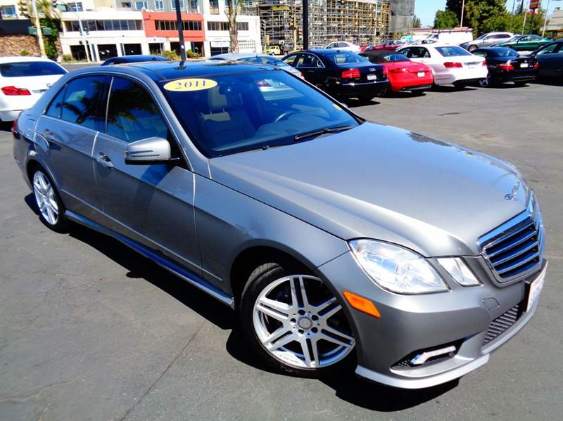 2011 MERCEDES-BENZ E-CLASS E350 SPORT 4DR SEDAN charcoal this is a 1 owner clean car fax clean