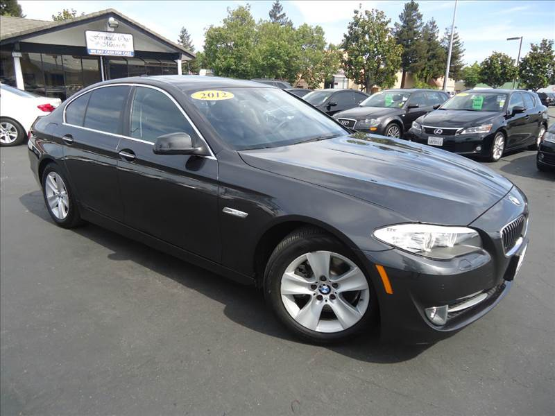 2012 BMW 5 SERIES 528I 4DR SEDAN gray 1-ownernavigation systemback-up camerapremium pa