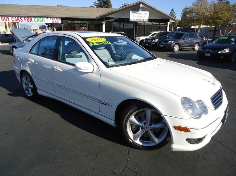 2005 MERCEDES-BENZ C-CLASS C230 KOMPRESSOR 4DR SEDAN whith rare find 4 door6 speed manual t
