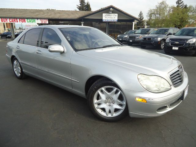 2004 MERCEDES-BENZ S-CLASS S500 4DR SEDAN silver fully loaded premium package low miles comes