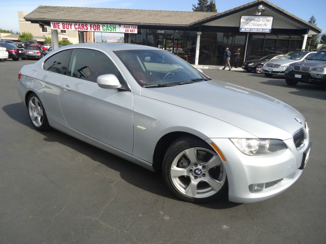 2010 BMW 3 SERIES 328I 2DR COUPE SULEV silver excellent color combinaton low miles durable and