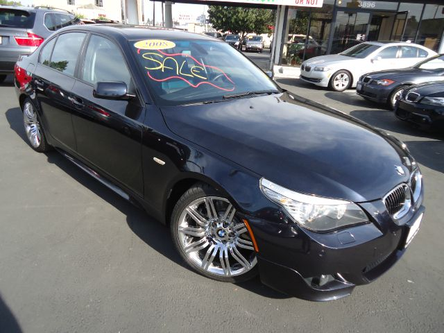 2009 BMW 5 SERIES 550I black m sport package front and rear alloy wheels with 18 inch rim diam sh
