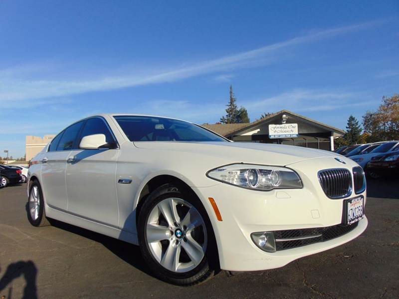 2013 BMW 5 SERIES 528I 4DR SEDAN white 2-stage unlocking doors abs - 4-wheel air filtration - ac