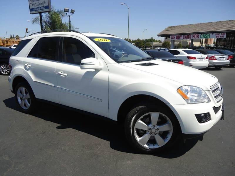 2011 MERCEDES-BENZ M-CLASS ML350 4DR SUV white clean carfax fully loaded with navigation syst