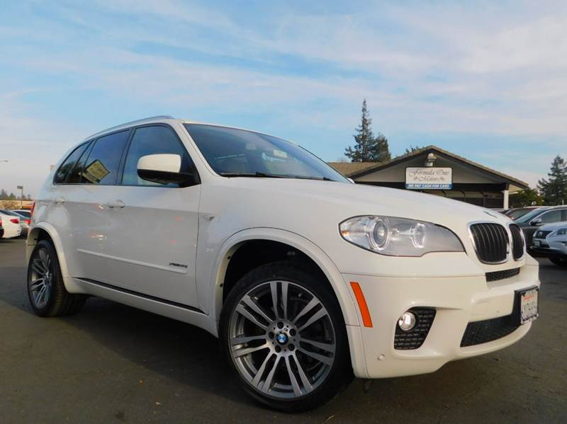 2013 BMW X5 XDRIVE35I SPORT ACTIVITY AWD 4DR alpine white 2-stage unlocking doors 4wd type - full