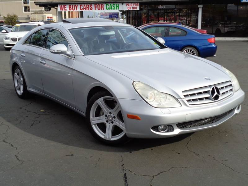 2006 MERCEDES-BENZ CLS CLS500 4DR SEDAN silver clean carfax luxury and affordable low miles