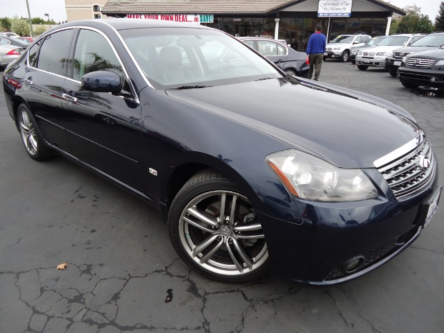2006 INFINITI M45 LUXURY blue this clean car includes navigation back-up camera heatedcooled se