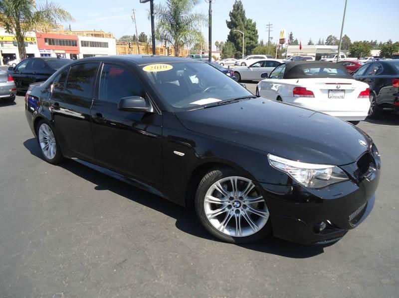2010 BMW 5 SERIES 528I 4DR SEDAN black clean car fax clean titlem sport loaded  low miles