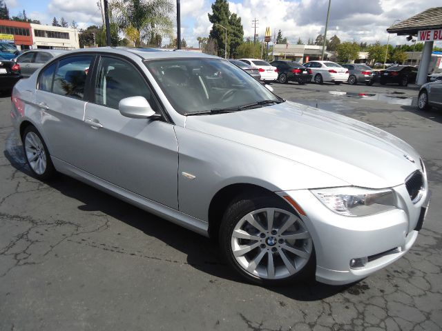 2011 BMW 3 SERIES 328I 4DR SEDAN silver low mileage affordable luxury premium packa