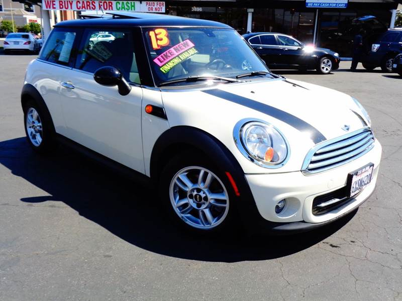 2013 MINI HARDTOP COOPER 2DR HATCHBACK white this is a one owner clean car fax full factory warra