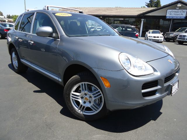 2006 PORSCHE CAYENNE S AWD 4DR SUV gray looking for a luxury sport family suv look no further it