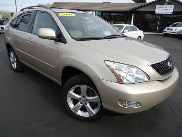 2005 LEXUS RX 330 FWD bamboo pearl nice nice nice  drive like new rear seat never sat in financi