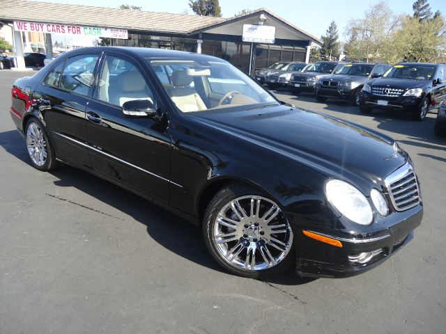 2007 MERCEDES-BENZ E-CLASS E350 4DR SEDAN black low miles well maintained california car luxur