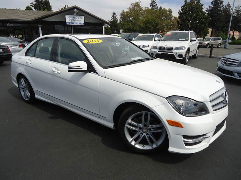 2013 MERCEDES-BENZ C-CLASS C250 SPORT 4DR SEDAN white 1 owner clean carfax beautiful color comb