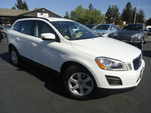 2012 VOLVO XC60 32 4DR SUV white 2-stage unlocking - remote abs - 4-wheel air filtration airb