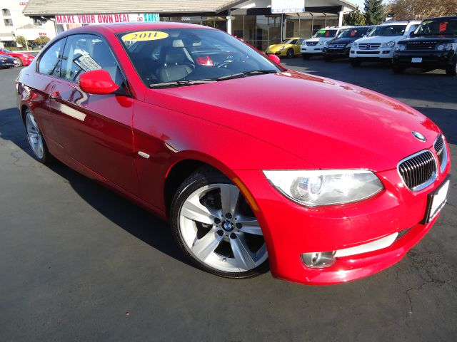 2011 BMW 3 SERIES 328I COUPE - SULEV red this is a clean car fax 1 owner car with all the option