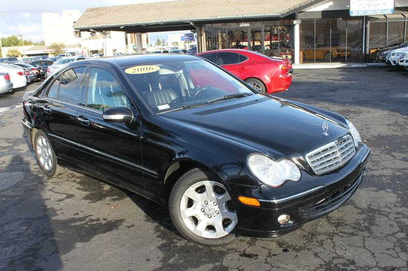 2006 MERCEDES-BENZ C-CLASS C350 LUXURY 4MATIC AWD 4DR SEDAN black abs - 4-wheel active head rest