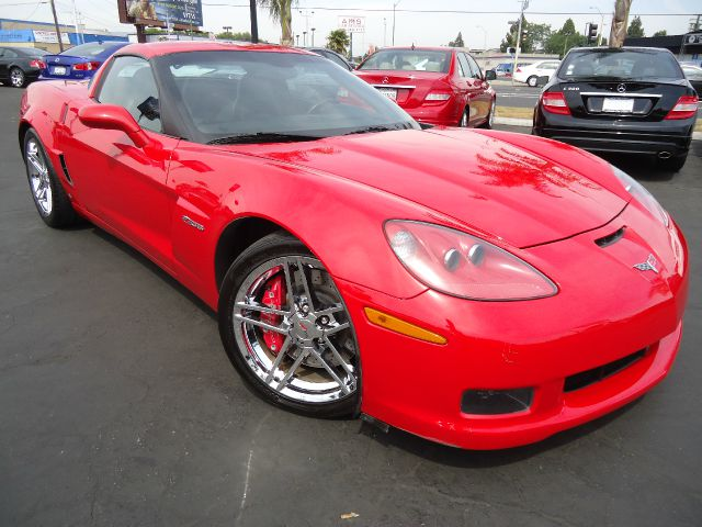 2009 CHEVROLET CORVETTE Z06 red clean car fax one owner california car low miles red and ready wel