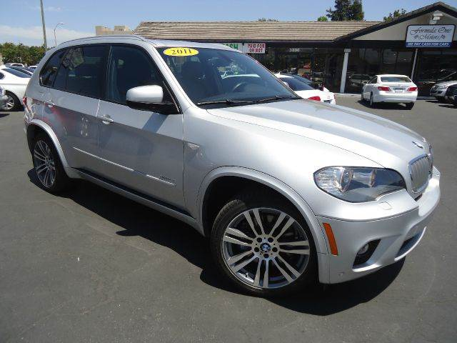 2011 BMW X5 XDRIVE50I AWD 4DR SUV silver clean carfaxm sport packagenavigation systempan