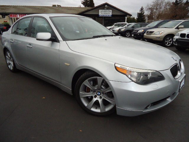 2004 BMW 5 SERIES 545I silver gray metalic bmws 5 series delivers just about everything you could