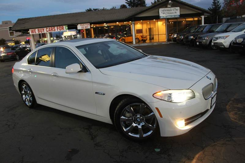2011 BMW 5 SERIES 550I 4DR SEDAN white 2-stage unlocking doors abs - 4-wheel active head restrai