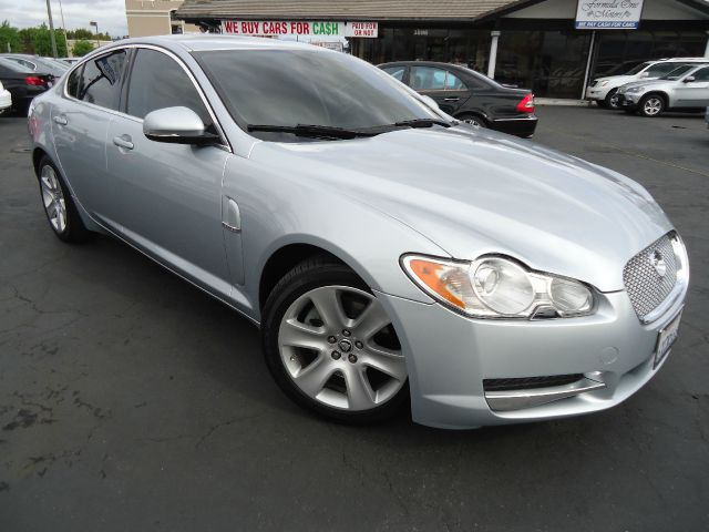 2010 JAGUAR XF LUXURY liquid silver back up camera navigation leather parking sensors true lux