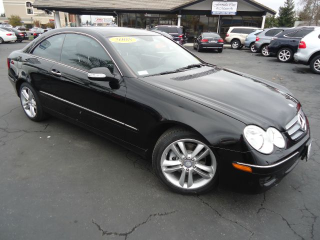 2008 MERCEDES-BENZ CLK-CLASS CLK350 COUPE black well maintained clean example of a luxury vehicle