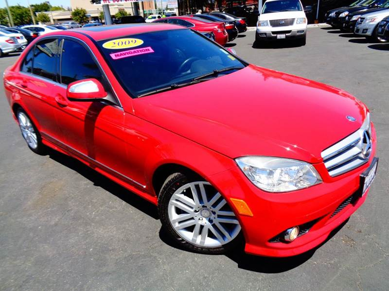 2009 MERCEDES-BENZ C-CLASS C300 SPORT 4DR SEDAN red clean carfax  low mileage  navigation