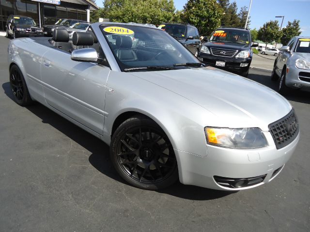 2004 AUDI S4 QUATTRO AWD 2DR CABRIOLET silver clean carfax  clean title 2004 audi s4 42l v8