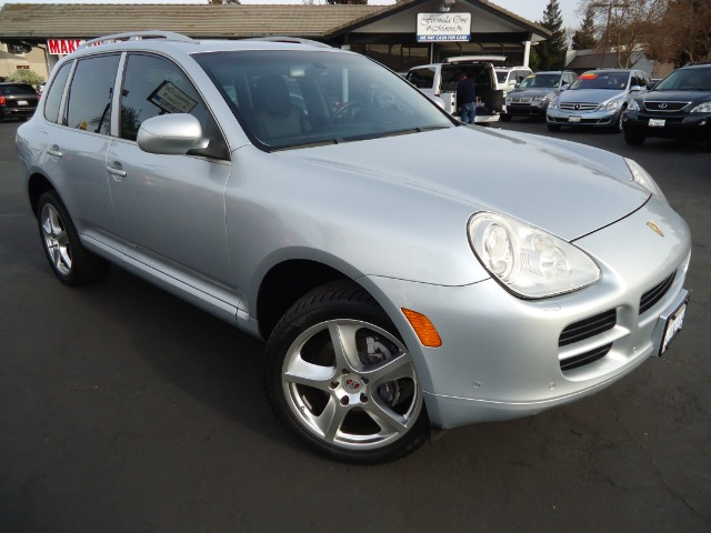 2005 PORSCHE CAYENNE BASE crystal  silver metalic curtain 1st and 2nd row overhead airbags side im
