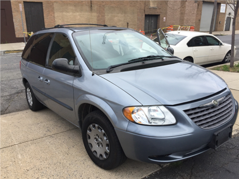 2003 Chrysler Voyager for sale in Newark, NJ