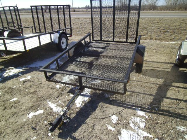 2012 USED 8 FOOT UTILITY
