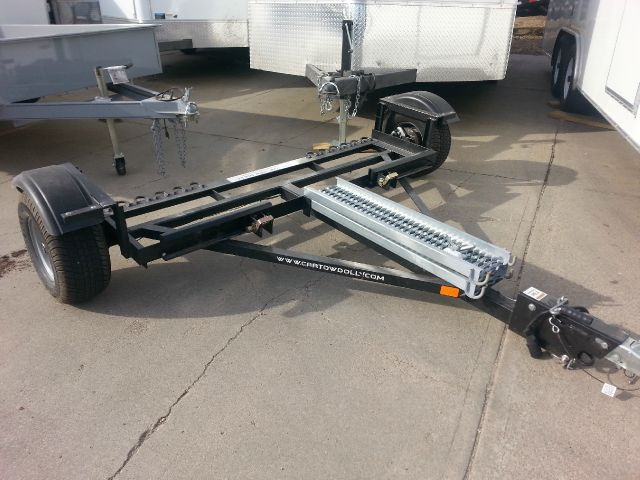 2014 USED TOW DOLLY