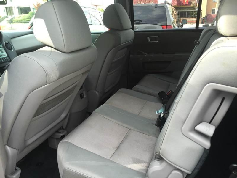 2010 Honda Pilot 4x4 EX 4dr SUV - Brockton MA