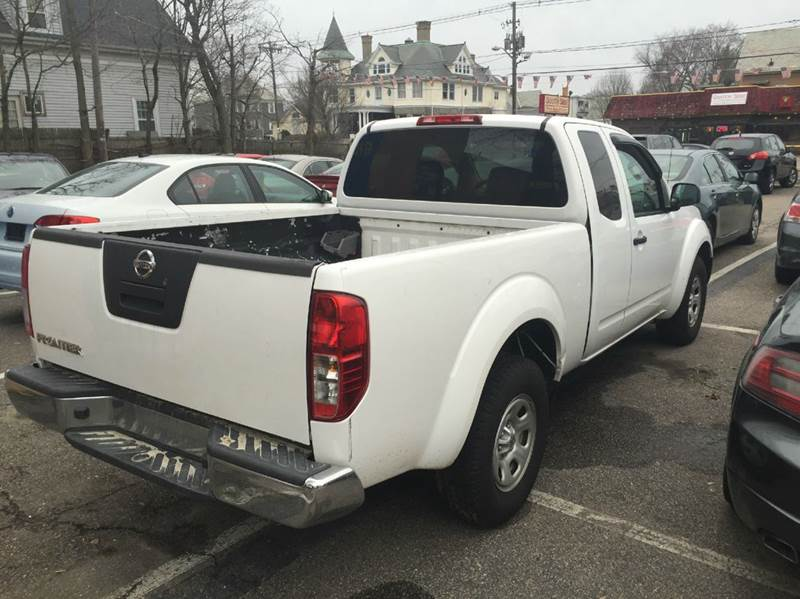 2012 Nissan Frontier S 4x2 4dr King Cab Pickup 5A - Brockton MA