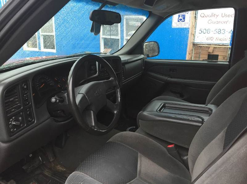 2004 Chevrolet Avalanche 4dr 1500 4WD Crew Cab SB - Brockton MA