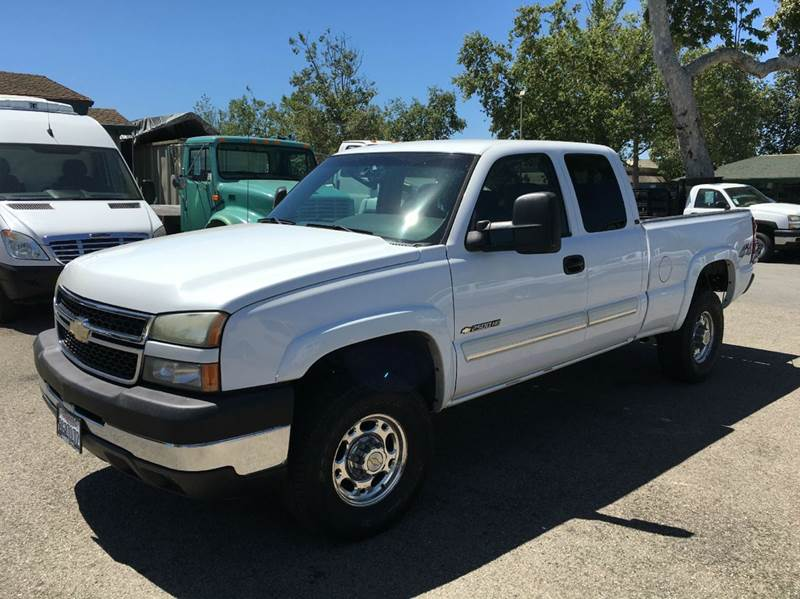 2006 chevrolet silverado 2500hd lt1 4dr extended cab 4wd lb in goleta ca mission city auto center. Black Bedroom Furniture Sets. Home Design Ideas