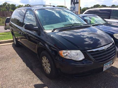 2005 Chrysler Town and Country for sale in Saint Paul, MN