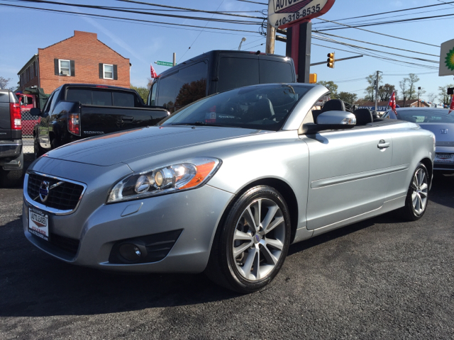 2011 volvo c70 t5 2dr convertible in baltimore md autoleader. Black Bedroom Furniture Sets. Home Design Ideas